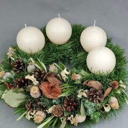 Advent wreath Glance