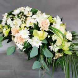 Coffin lid floral decor