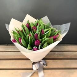 Bordeaux tulip bouquet
