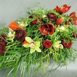 Funeral arrangement - red...