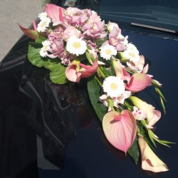 Wedding car floral decor...