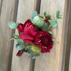 Flower brooch in red