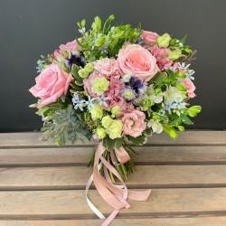 Flower bouquet pink pastels
