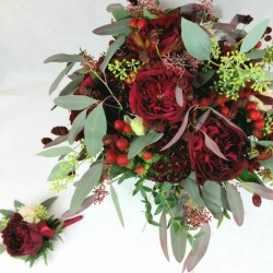 Bridal bouquet of red flowers