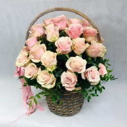 Flower basket with pink roses