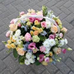 Flower basket Summer