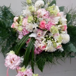 Flower bouquet for mom