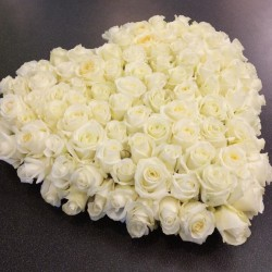 Heart of white roses