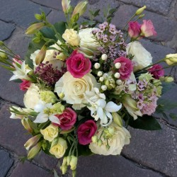 Flower basket with white roses